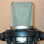 Wielkomembranowy mikrofon pojemnościowy Neumann TLM-103
