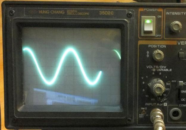 Sygnał na wyjściu układu przy częstotliwości 40Hz