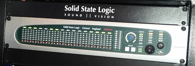 SSL Sigma mikser sumujący