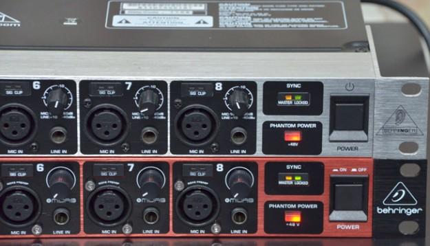 Behringer ADA8200