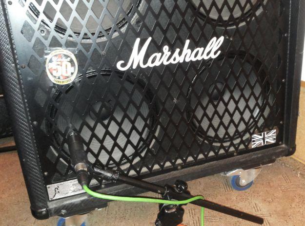 Marshall 4x12 i Shure SM57