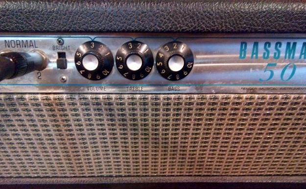 Fender Bassman 50 ustawienia liniowe