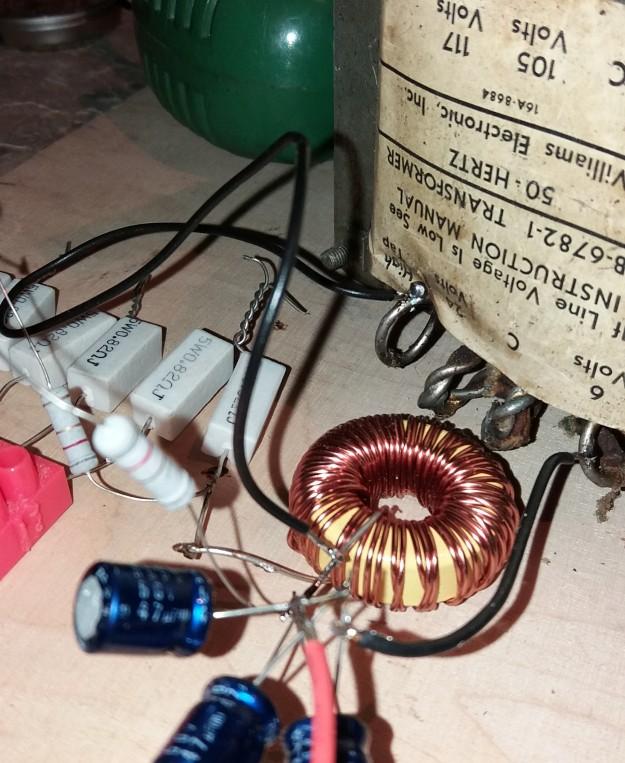 Transformator sieciowy dużej mocy jako dławik