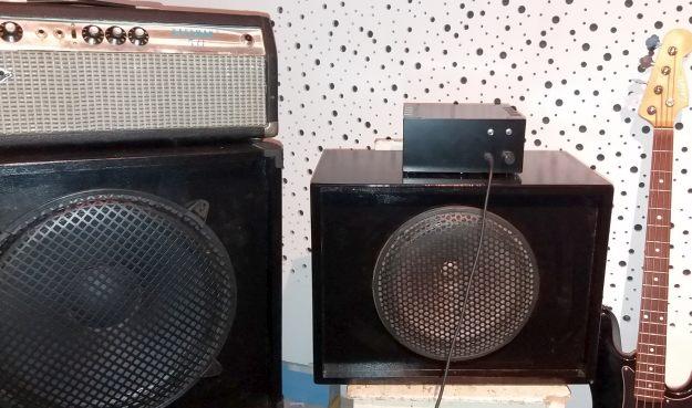 dwa głośniki